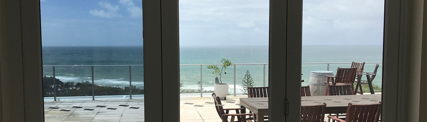 Home Tint Sunshine Coast - Rainbow Beach Penthouse